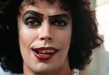 Tim Curry The Rocky Horror Picture Show-min