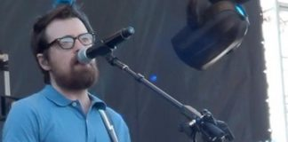 Rivers Cuomo Weezer