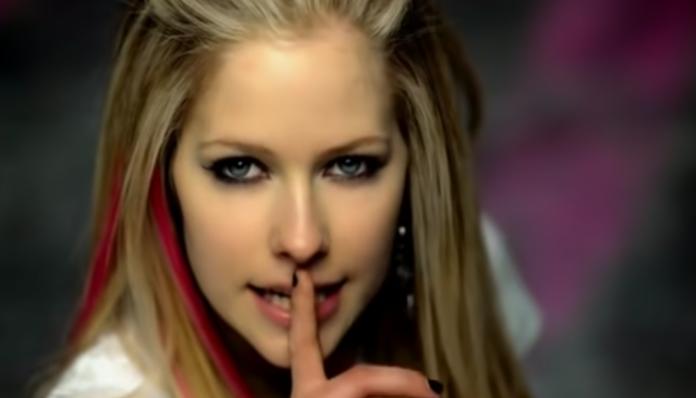 Avril Lavigne Girlfriend video