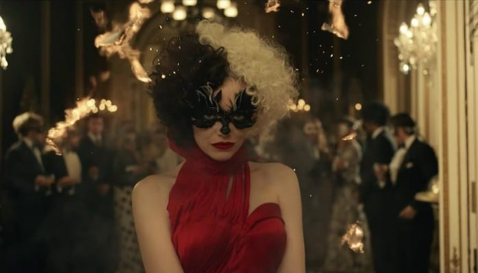 Emma Stone Disney Cruella trailer-min
