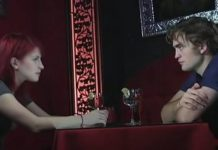 "Hayley Williams Robert Pattinson interview Twilight ""Artist On Artist"" video"