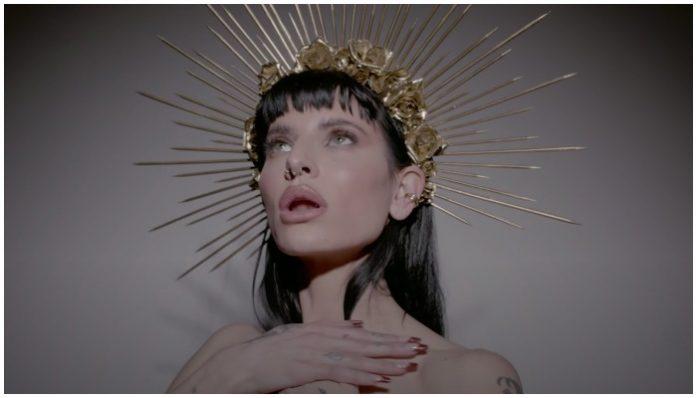 lilith czar new music video, lilith czar, juliet simms, king music video