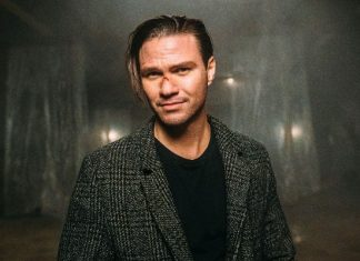 Tilian, Anarchy is a good hobby, behind-the-scenes photo diary