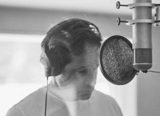 David Duchovny 'Gestureland' interview