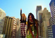 """WILLOW & Avril Lavigne """"G L O W"""" video"""